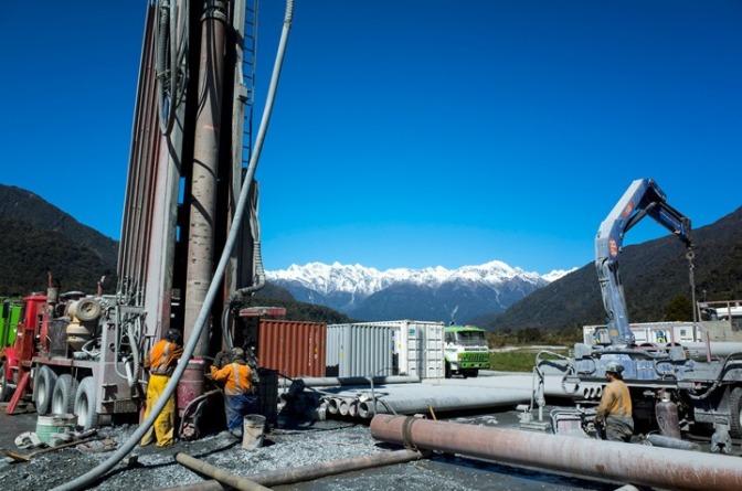 Alpine-Fault-drill-site-near-Whataroa-Valley